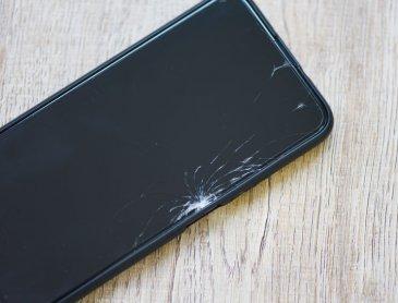 Devis pour réparation écran Iphone cassé à Roanne