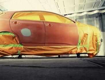 Débosselage carrosserie de voiture sans peinture à Roanne