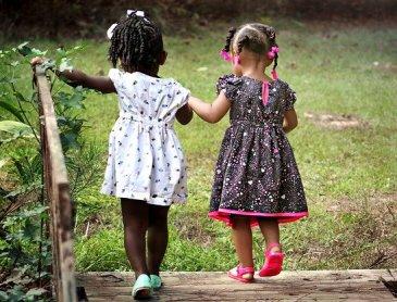 Professionnel garde d'enfants à domicile à Riorges