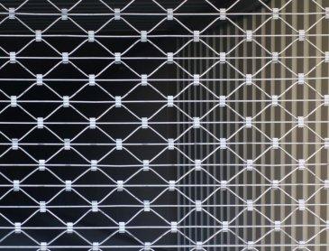 Devis installation rideau métallique sur-mesure pour commerce à Lyon 3ème