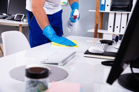 Société de nettoyage locaux professionnels Riorges